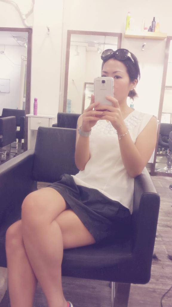 香港髮型屋Salon、髮型師 : Candy @青年創業軍